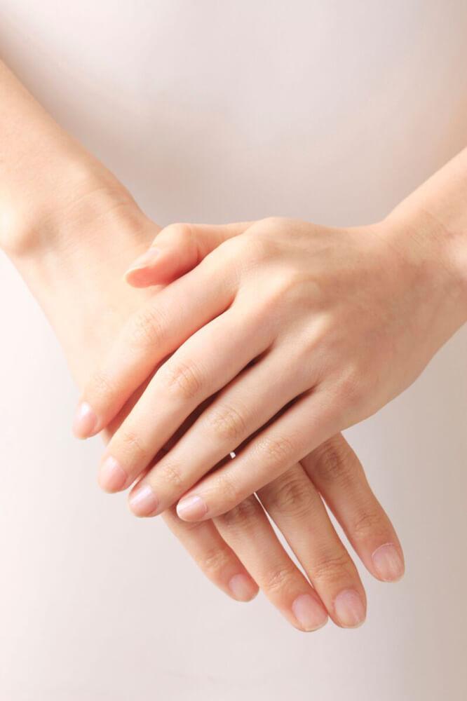 美しい手のイメージ2
